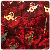 Picks: Red (Pearl) | Print: Gold