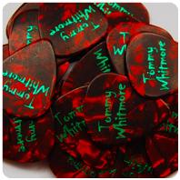 Picks: Red (Pearl) | Print: Green