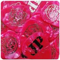 Picks: Pink (Pearl) | Print: Silver